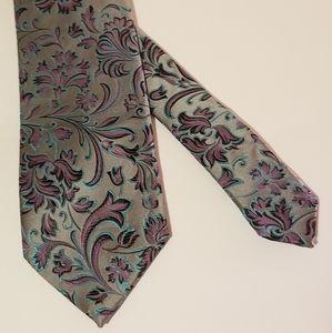 Other - Unique 100% silk tie